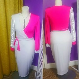 Dresses & Skirts - Pink and white long sleeve wrap dress
